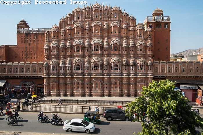palace-of-winds-jaipur-2